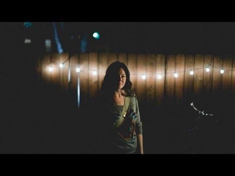 #92 Cassie Morgan: Paper Leaves