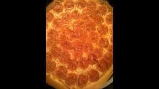 Make a simple pepperoni pizza