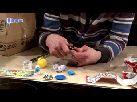 Unboxing 2 x Ü-Eier 4er Pack mit zwei Figuren garantiert (Schlümpfe)