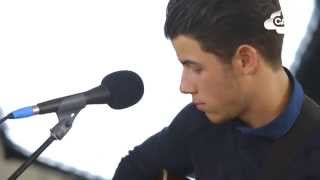 Nick Jonas   'Chains' (Capital Session)