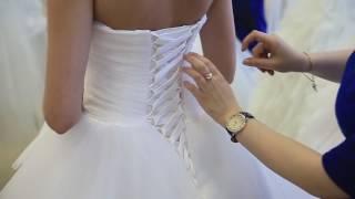 Как зашнуровать корсет на платье
