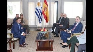 Encuentro de S.M. el Rey con el Presidente electo Luis Lacalle Pou