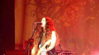 Alanis Morissette - Numb - Manchester Apollo 2012 Front Row HD