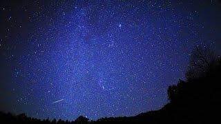 2015年オリオン座流星群極大日の流れ星