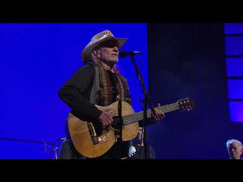 Willie Nelson & Family - Angel Flying Too Close to the Ground (Live at Farm Aid 2018)