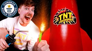 I Bought The World\'s Largest Firework ($600,000)
