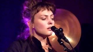 Angel Olsen - Windows (29.04.18) // @ Kerk Sint-Denijs - In Heaven