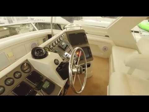 Carver 445 Aft Cabin video