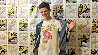 ⚡ The Flash Cast | Funny Moments & SDCC 2016 ⚡
