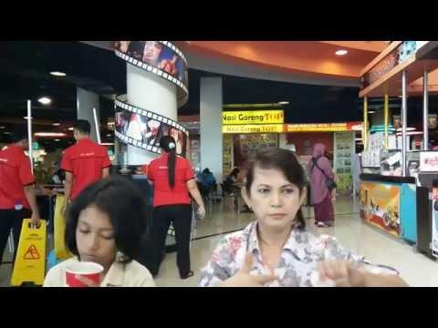 mp4 Richeese Di Royal, download Richeese Di Royal video klip Richeese Di Royal