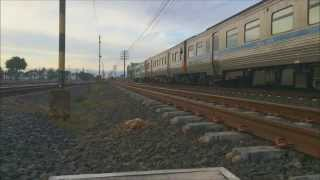 preview picture of video '[SRT] Express train no. 76 departure & arrival Udon thani Station'