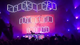 Flume - Disclosure You & Me (Flume Remix) live from Queens, NY