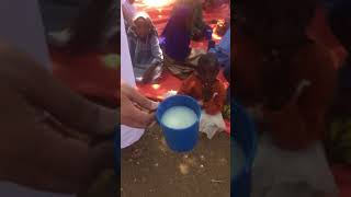 preview picture of video 'حال التغذية لطلاب مدرسة الاستقامة بأوغندا'