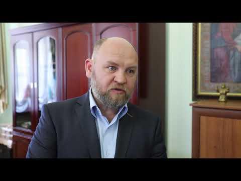 Курганский ВРНС подарил православному реабилитационному центру бензопилу