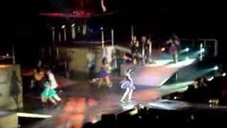 Miley Cyrus- Let's Dance (Live)