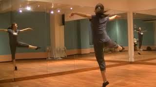 玲実先生のダンスレッスン〜振りのポイント練習〜のサムネイル