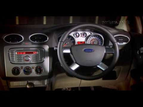 Ford Focus Hatchback (2005 - 2011) Review Video