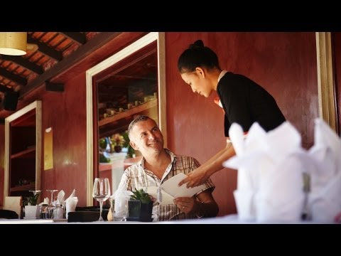 How to Become a Restaurant Manager   Restaurant Business