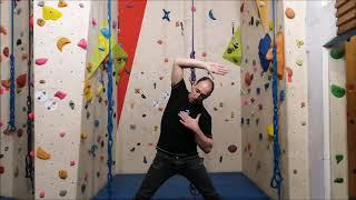 Alain, professeur d'escalade de la MJC vous propose des exercices de renforcement musculaire à e