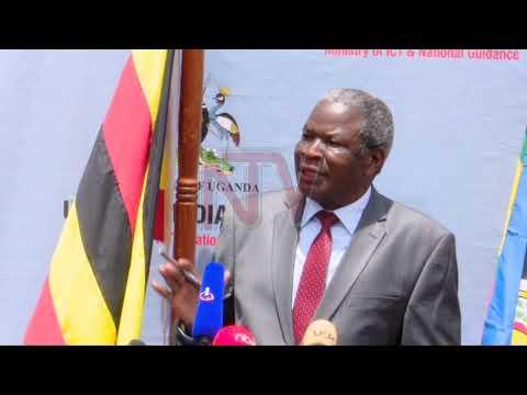 OKUGOBAGANYA ABAPANGISA: Museveni aliko byalung'amizza