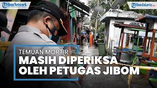 Jibom Brimob Amankan Benda Sejenis Mortir Temuan Pencari Besi di Kali Cipinang