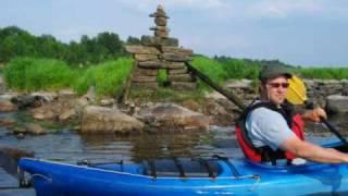preview picture of video 'Alsiganteku Kayak - L'Inukshuk'