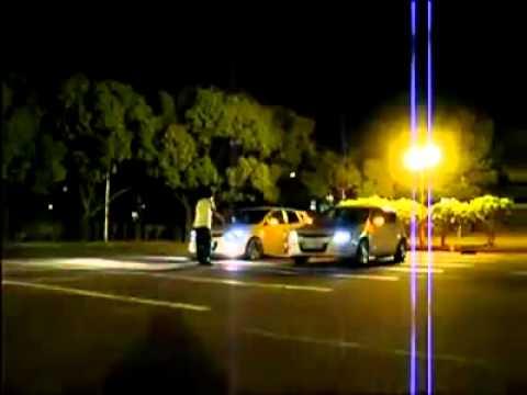 Cuộc chiến giữa 2 siêu xe