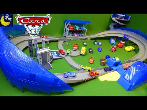 Disney Cars 3 Toys ULTIMATE Florida 500 Speedway Race Track Cruz Ramirez Jackson Storm 2017 Car Toys