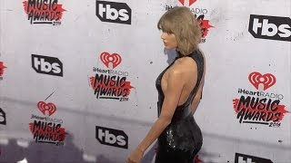 Taylor Swift 2016 iHeartRadio Music Awards Red Carpet