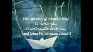 Perahu Kertas-Maudy Ayunda With Lyrics