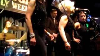 """She-Demons @ VLV 2010 - """"I'm Blue"""" (3/5)"""