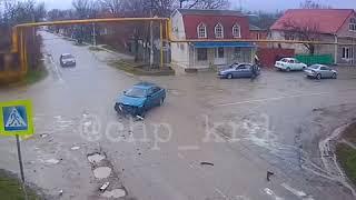 Авария в Раевской ВАЗ 2110 и «ГАЗель»