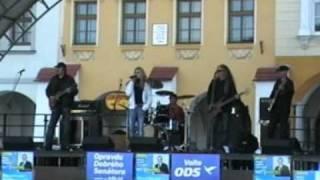 MERYLAND- Love hurts (live) 2010