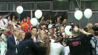 Bilan & Anastacia on MUZ TV Green carpet