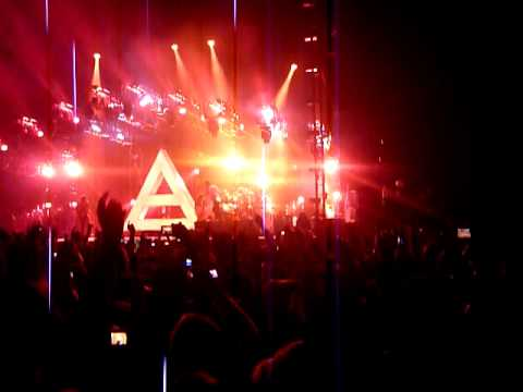 30 Seconds To Mars NIA 01/12/2010