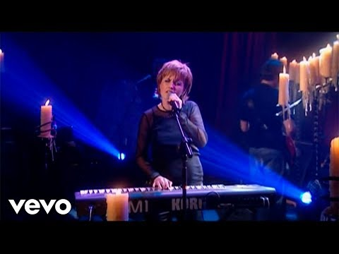 The Cranberries - Ode To My Family Live From Vicar Street
