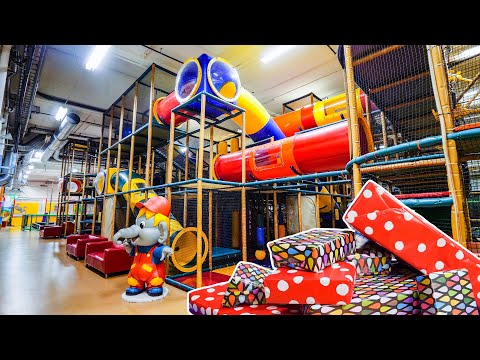 Toy Hunting di Indoor Playground