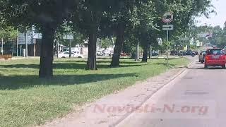 Как ездят в Николаеве: такси мчалось по встречной полосе