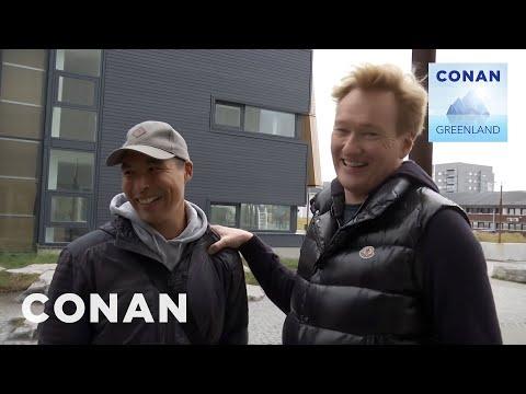 Conan v Grónsku #1: Přílet do Nuuku