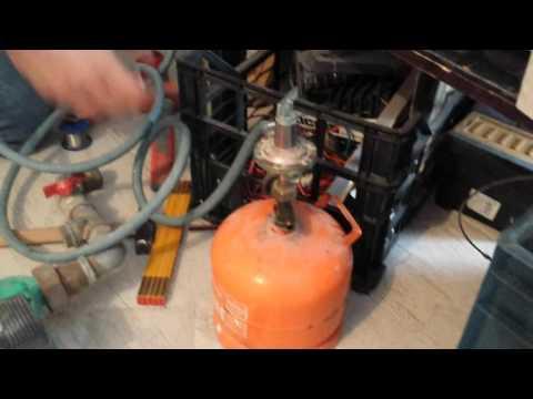 Saldatura a stagno di tubi in rame