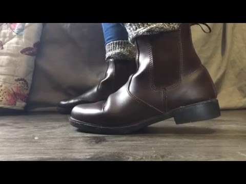 How to choose the right horse riding boots.