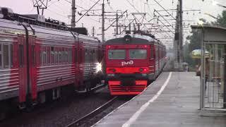 ЭТ2М-094 и ЭТ4А-002, платформа Сосновая Поляна