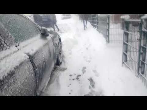 Schnee Teil 1 auf dem Weg zum Markt Döner kaufen