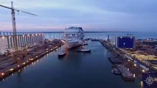 This is an amazing timer lapse of a massive cruise liner being