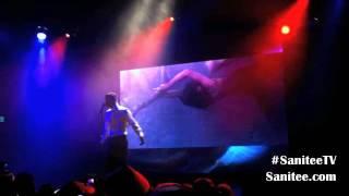 """Frank Ocean """"Dust"""" Live At El Rey Theatre"""