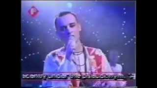 Boy George - One On One (Live Performance 1990)