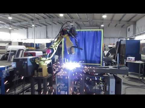 Robot spawający FANUC ARC MATE 100i - zdjęcie