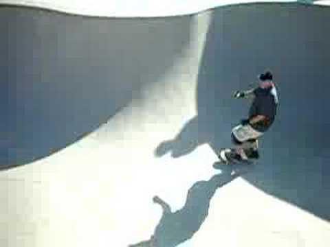 """Shamrock"" skates the bowl @ Coolidge Skatepark, 08'"