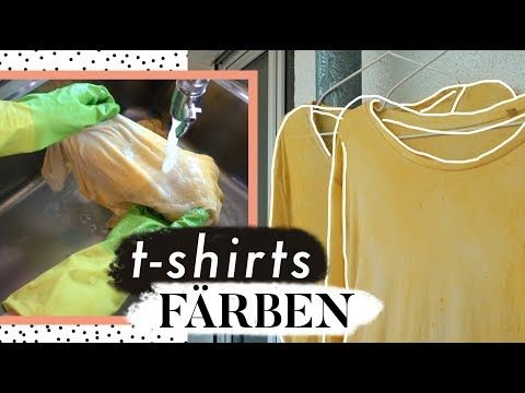 T-Shirts mit Lebensmitteln färben - geht das?   Homeworkouts & Insekten-Tipp   MANDA Vlog