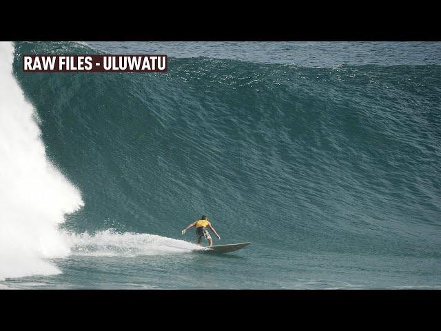 Increíble Swell en Uluwatu – Bali